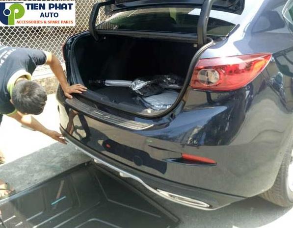 Chuyên Độ Lipbo Mazda 3 kiểu Mercedes cho Mazda 3 Uy Tín Nhanh Tại Tp.Hcm