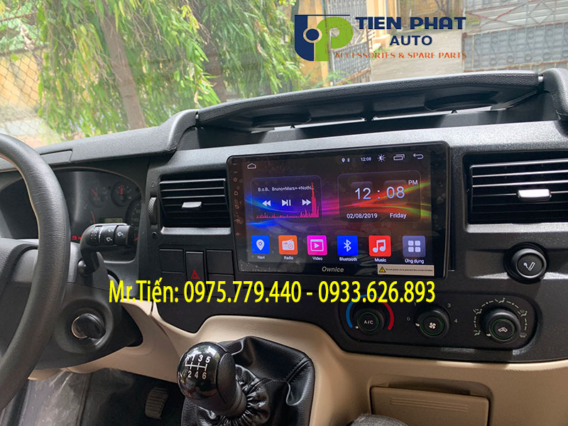 man-hinh-dvd-android-cho-xe-ford-transit