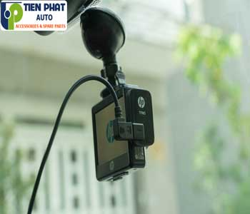 Chuyên Lắp Camera Hành Trình Cho Toyota Sienna