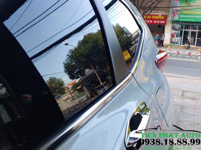 Dán Phim Cách Nhiệt Cao Cấp Cho Xe Honda CRV Tại Tiến Phát Auto