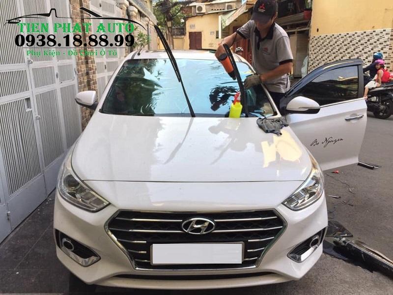 Dán Phim Cách Nhiệt Cho Xe Hyundai Accent Tại TPHCM