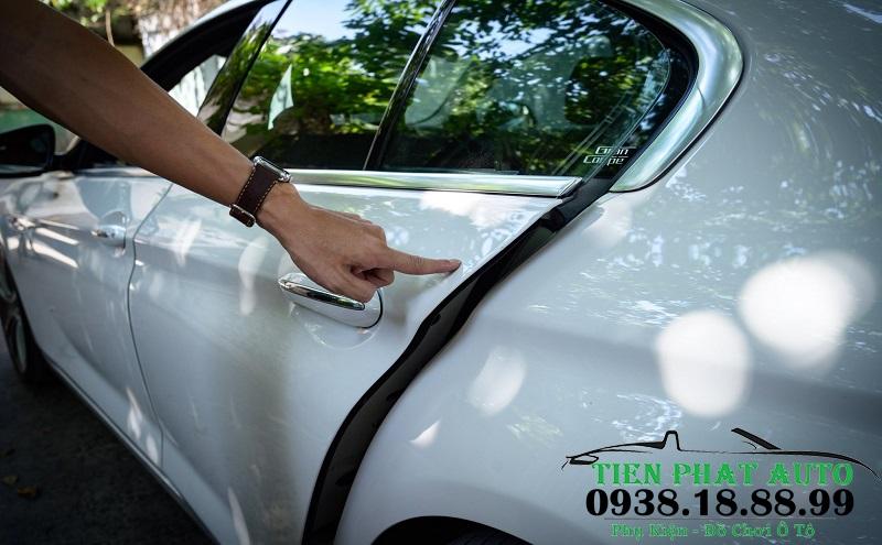 Độ Cửa Hít Cho Xe Mercedes GLC 300