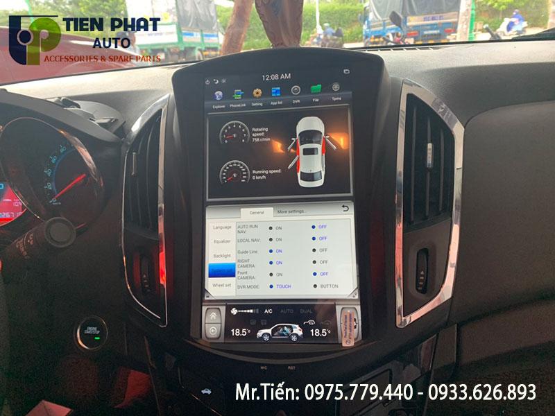 Gắn Màn Hình Tesla Cho Xe Chevrolet Cruze Số Tự Động Tại Quận Tân Bình