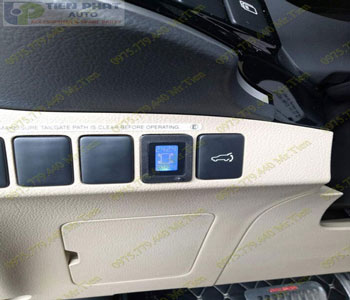 Lắp Cảm Biến Áp Suất Lốp Cho Toyota Hilux Tại Tp.Hcm