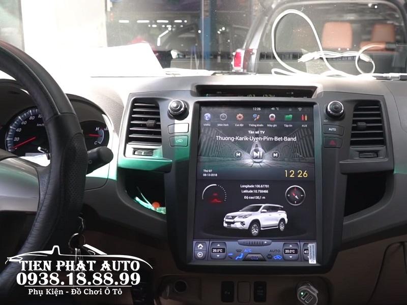 Màn Hình DVD Android Tesla Xe Fortuner 2015