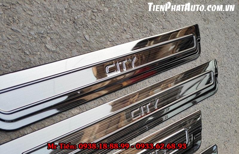 Nẹp Chống Trầy Bước Chân Và Cốp Sau Honda City 2021